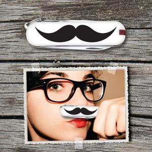 Moustache to go